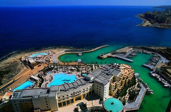 Hilton malta st julians a dmc for Pool design malta